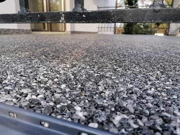 Kamienny dywan w systemie Hyperdesmo