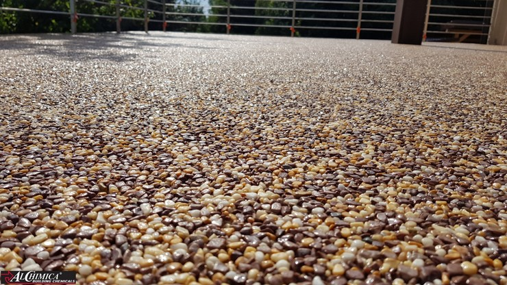 Kamienny dywan na bazie żywic poliuretanowych Hyperdesmo