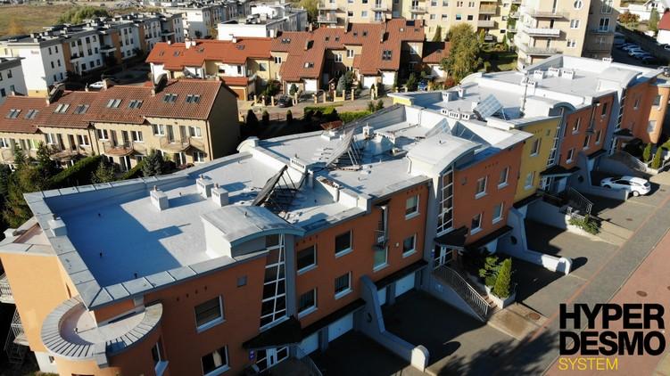 Dach po renowacji w technologii Hyperdesmo