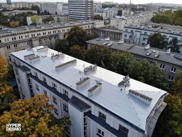 Dach budynku po zakończeniu renowacji w systemie Hyperdesmo