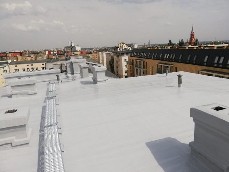 Naprawa dachu z papy w systemie płynnych membran poliuretanowych Hyperdesmo