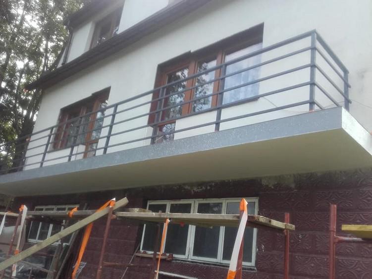 Taras po zakończeniu prac renowacyjnych w systemie HYPERDESMO